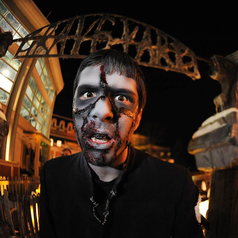 Win a 2017 Fright Fest V-I-Z Package
