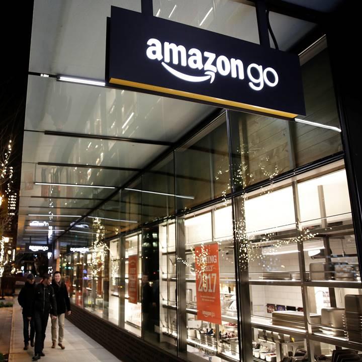 Win a $50 Amazon/BN GC