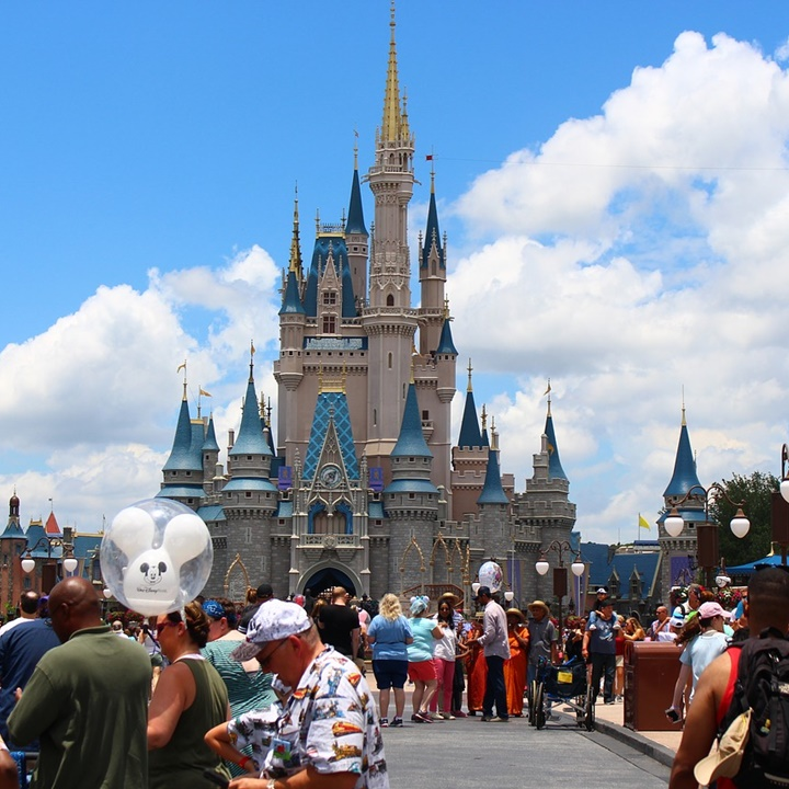 Win a Trip for 4 to Disney World OR Universal Studios OR SeaWorld