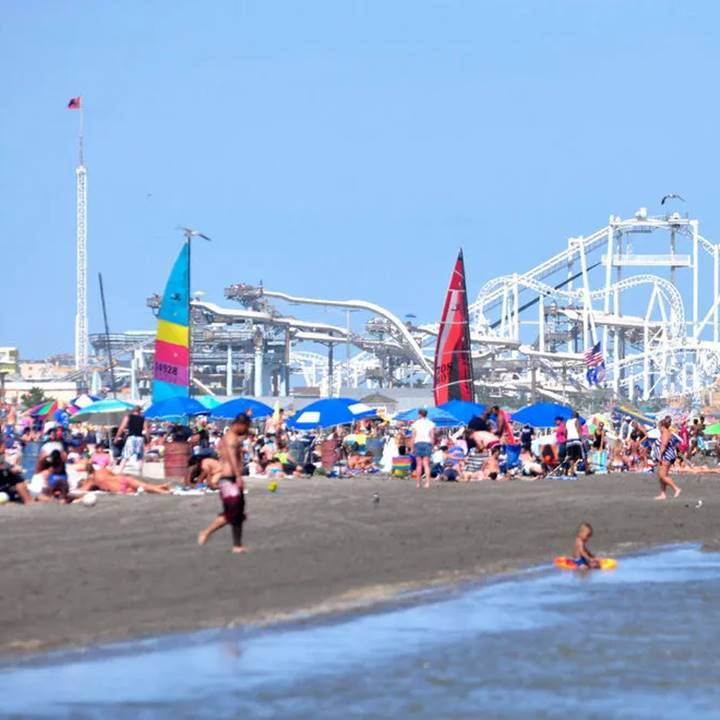 Win a Family Vacation In The WILDWOODS Of New Jersey