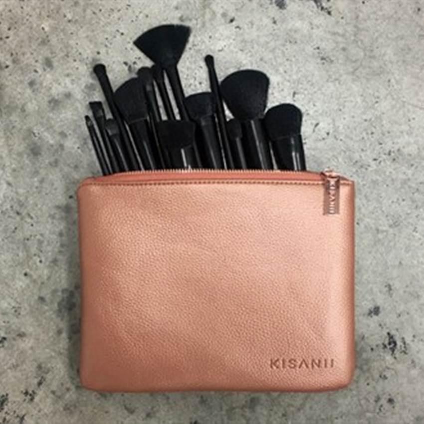 Win A KISANII Luxury Collection Professional Makeup Brush Set