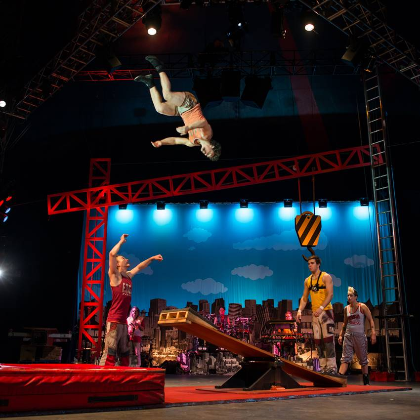 Win 1 of 3 Double Passes to Circus Oz's Model Citizens