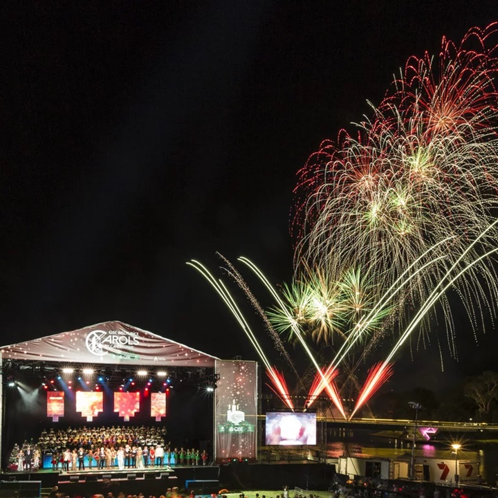 Win a Silver Lawn Area at Carols by Candlelight