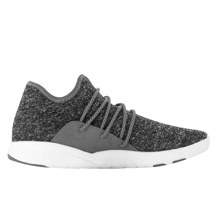 Win a 1 of 5 Weatherproof and Breathable Knit Shoes