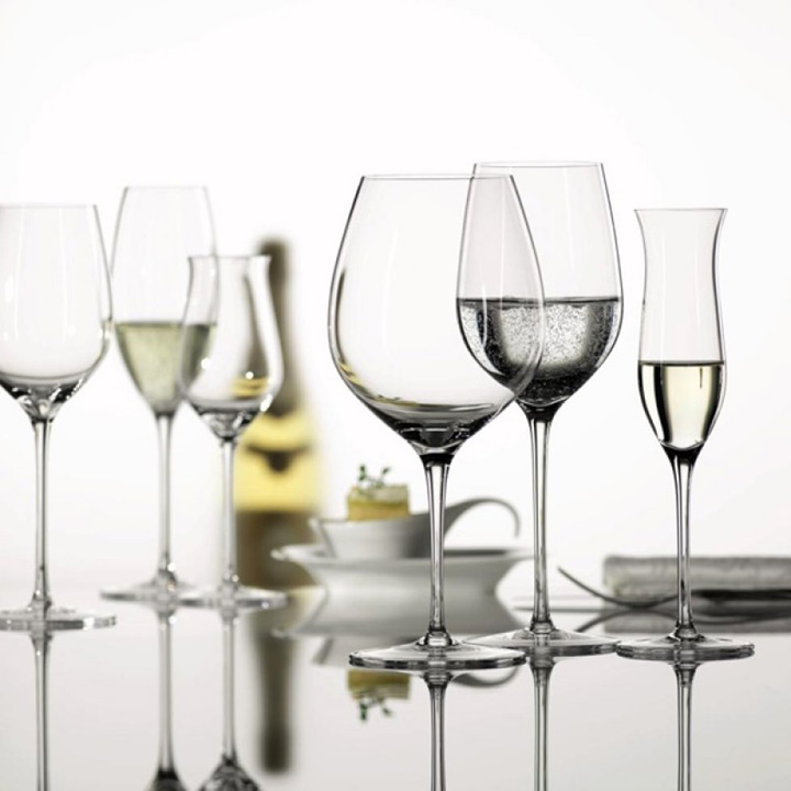 Win a Set of RIEDEL Glasses And Decanter