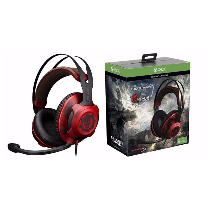 Win a Razer Gear and Deliver Us The Moon