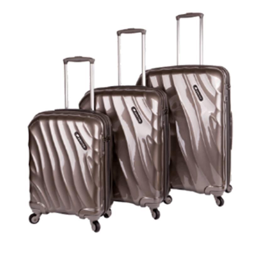 Win A Paklite Wave Luggage Set