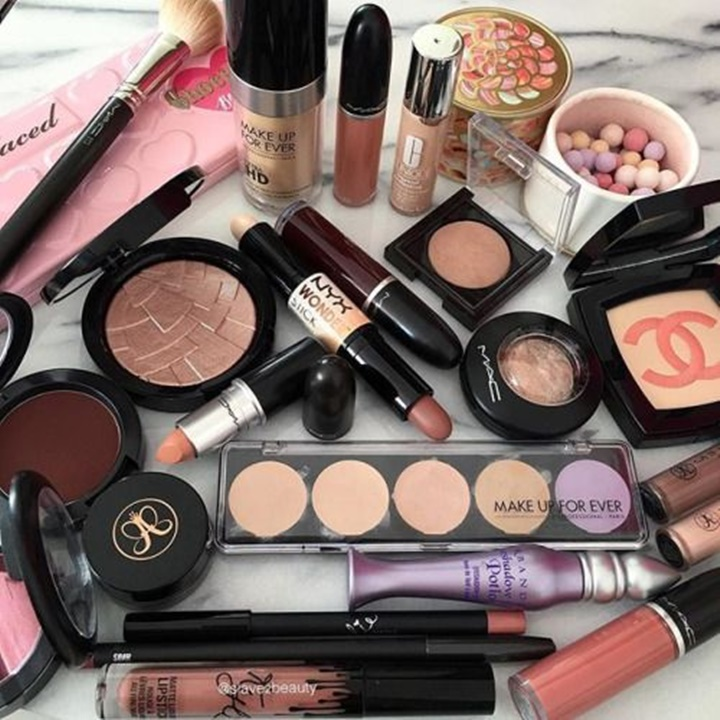 Win a $1,350 Worth of Makeup & Goodies